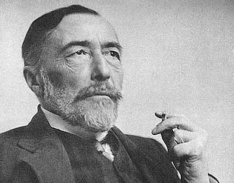 Joseph Conrad (de nombre real Jósef Teodor Konrad Korzeniowski) nació el 3 de diciembre de 1857 en la población de Berdichev, ubicada en la región de Podolia, Ucrania.