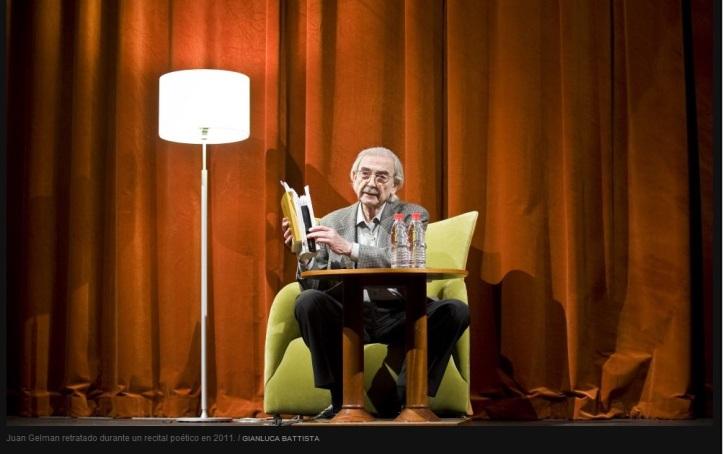 Juan Gelman retratado durante un recital poético en 2011- GIANLUCA BATTISTA