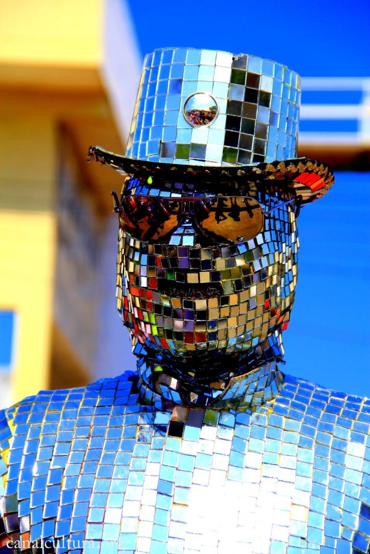 Disfraz . Luis Castroman - Canal Cultura