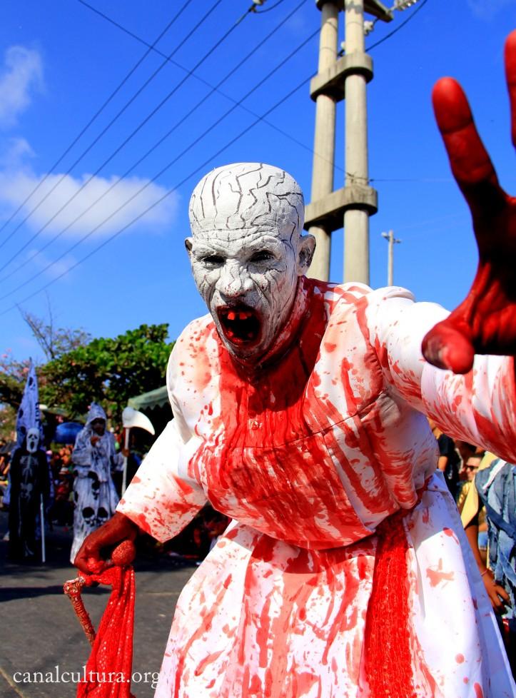 Disfraz sangre Luis Castroman - Canal Cultura
