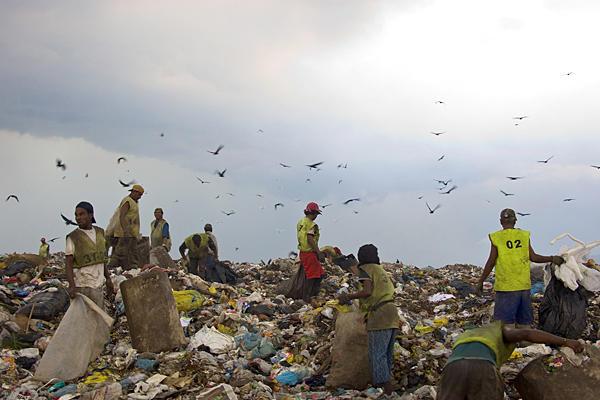 1029-brazil-waste-land_full_600