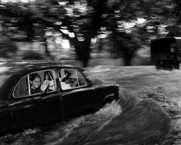 Carl De Keyzer, Bombay, 1985..jpg