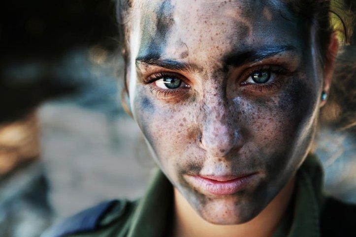powerful_portraits_of_the_human_race17